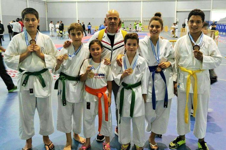 Los karatecas de la Escuela Seiken de Ronda logran seis podios en el Torneo Promesas