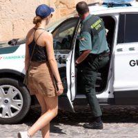 La Guardia Civil detiene a dos motoristas de Igualeja que tras atropellar a un niño en Benarrabá se dieron a la fuga