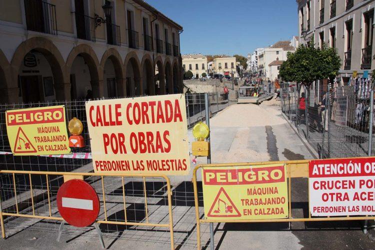 Teresa Valdenebro muestra su total respaldo al corte de tráfico en el Puente Nuevo que ha impuesto Paqui González