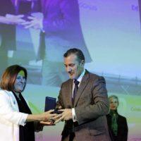 La Junta reconoce a las personas voluntarias de la Fundación Vicente Ferrer fallecidas en el accidente de tráfico de India