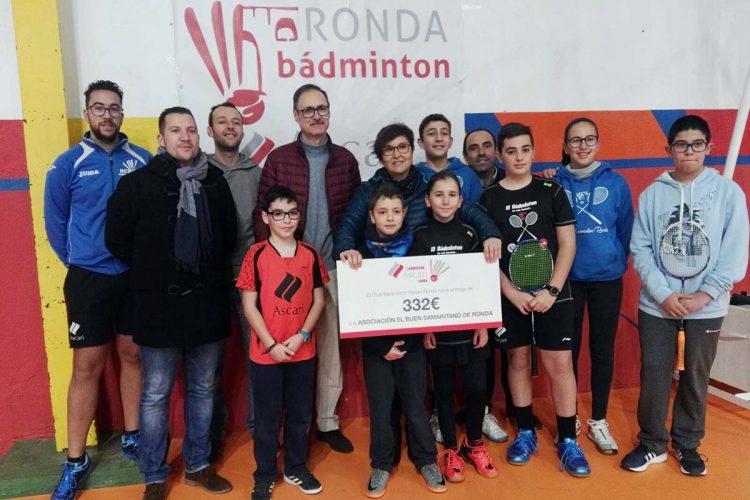 El Club Bádminton Ascari Ronda entrega la recaudación de sus torneos a 'El Buen Samaritano' para acciones solidarias