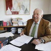 El PP presenta una moción para que el Ayuntamiento solicite la concesión de la Medalla de Andalucía, a título póstumo, al jurista rondeño Manuel Olivencia