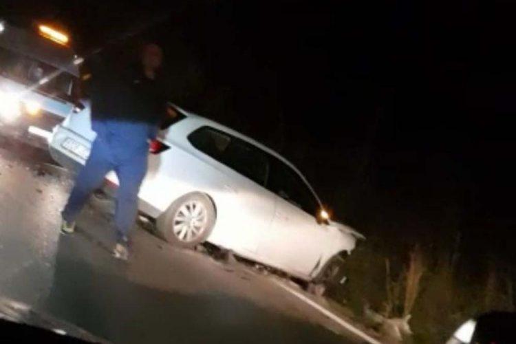 Varios heridos al colisionar frontalmente dos turismos en la carretera Ronda-Arriate