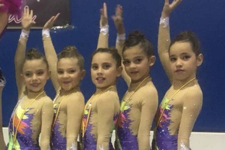 El Club de Gimnasia Rítmica AGRA inicia la temporada con tres podios en Almería
