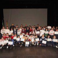 Estudiantes rondeños celebran juntos el Día de Andalucía reconociendo a los mediadores escolares