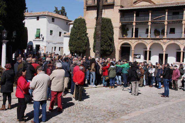 Concentración en las puertas del Ayuntamiento para reclamar al Gobierno pensiones dignas