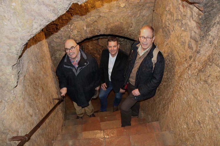 El propietario de la Casa del Rey Moro quiere crear un espacio museístico sobre La Mina y el Ayuntamiento pretende cerrar el recinto histórico