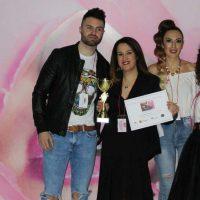 La peluquera de Cuevas del Becerro Teresa Cazalla logra el primer premio del Campeonato Andaluz Tijeras de Oro