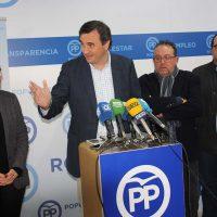 Parlamentarios malagueños del PP presentan un escrito en la Junta reclamando el arreglo urgente de las carreteras cortadas entre Ronda y Sevilla