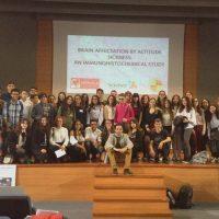Más de cincuenta estudiantes del instituto Martín Rivero participan en un congreso de investigación científica en Jaén