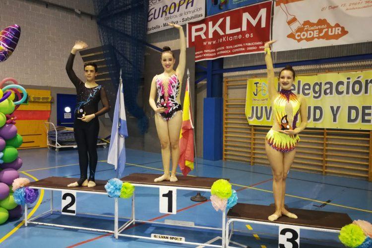 Las gimnastas del Club AGRA lograron quince medallas en los torneos de Ceuta y de Manilva