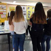 El Área Sanitaria Serranía ofrece consejos sobre hábitos de vida saludables a la población joven