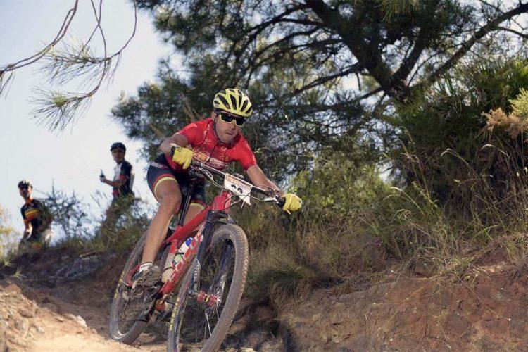 El ciclista del Centerbikes.com Manuel Canto logró la victoria en la Vuelta Andalucía MTB en la categoría Sub-23