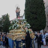 María Auxiliadora se paseó por las calles rondeñas en una tarde primaveral y acompañada por numerosos fieles