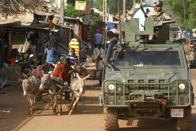 Los legionarios destinados en Mali inician su regreso a Ronda tras completar su misión