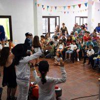 Los cincuenta alumnos del colegio rural Alto Genal celebran su fin de curso en Parauta