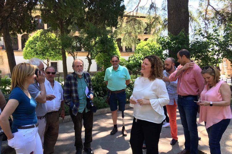 Valdenebro renuncia a presentarse a las primarias del PSOE para evitar ser humillada en las urnas por Aguilera