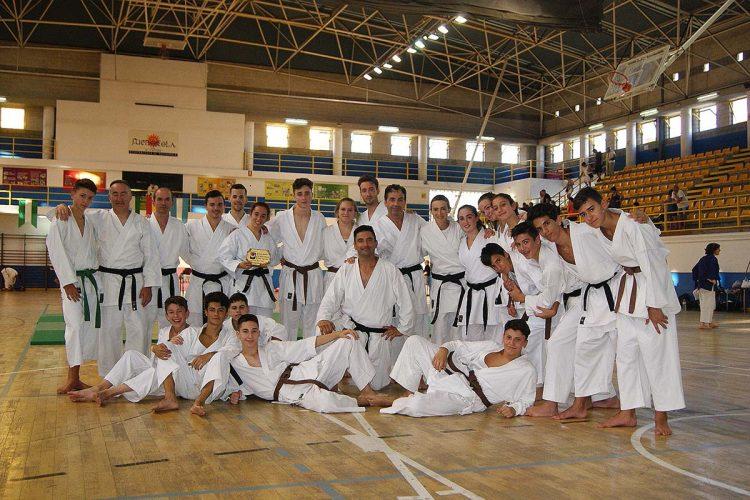 Los karatecas del Club Bushido participaron en la Gran Gala de Artes Marciales dejando una magnífica impresión