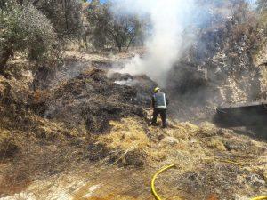 Los bomberos han apagado el fuego de forma rápida.