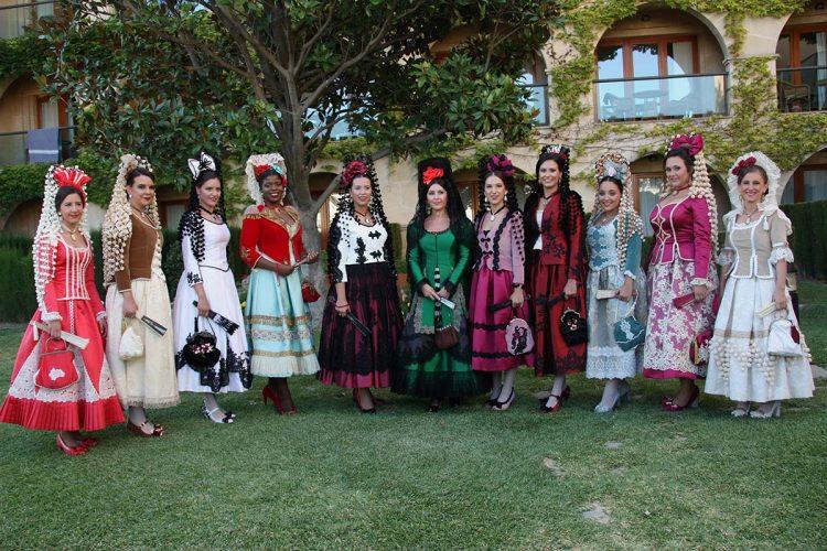 Puesta de largo de la presidenta y de las Damas Goyescas; así son sus trajes