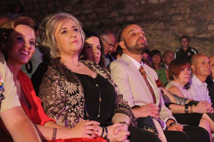 El equipo de Gobierno Tripartito se vuelve a gastar 6.600 euros en copas y canapés tras el pregón de Feria