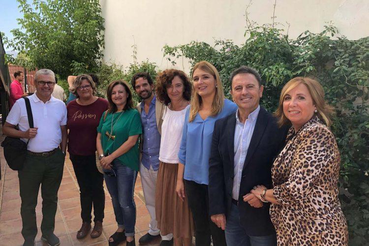 La Delegación Provincial de Salud se compromete a potenciar su colaboración con Asociación Rondeña de Alzheimer (AROAL)
