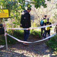 Turistas acceden al fondo del Tajo por caminos cortados por su peligrosidad sin que nadie lo impida