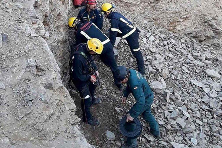 Siete bomberos del Parque Comarcal de Ronda están participando en el rescate del pequeño Julen en Totalán