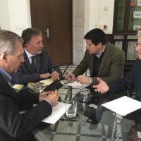 La Junta de Andalucía se compromete a agilizar los planes generales de urbanismo de 17 municipios de la Serranía de Ronda