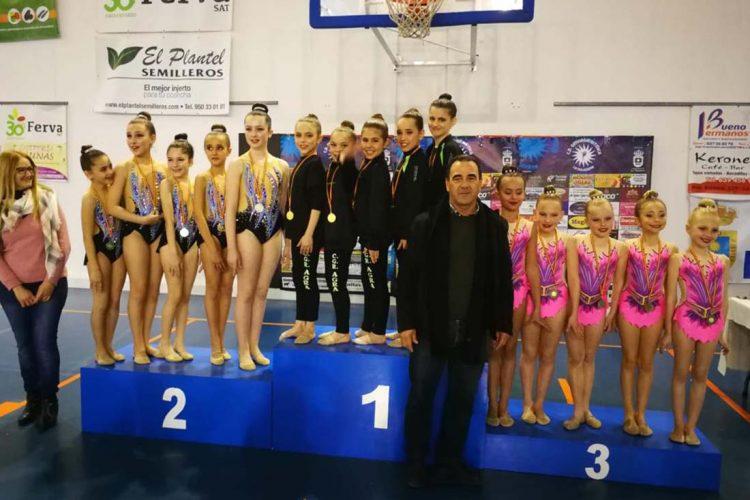 Las gimnastas rítmicas del Club AGRA inician la temporada de forma espectacular