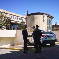 Despliegue policial sin precedentes en Ronda en una operación antidroga en distintas barriadas y con varios detenidos