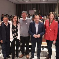 El PSOE defiende en su mitin de campaña celebrado en Ronda la necesidad de mejorar las comunicaciones de la Serranía