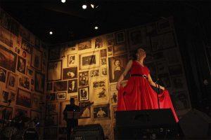 La cantante en el Teatro Espinel.