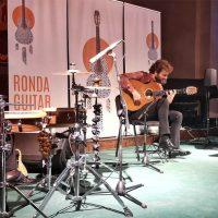 Jesús Guerrero, un guitarrista de otro planeta; El mejor colofón para el IV Ronda Guitar Festival