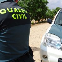 La Guardia Civil intercepta en las cercanías de Ronda cuatro vehículos de alta gama cargados de tabaco de contrabando