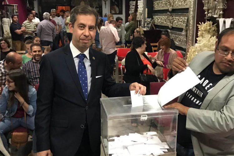 Francisco Pérez es elegido nuevo hermano mayor de la Hermandad de El Huerto