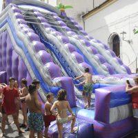 Niños y jóvenes disfrutaron de la tradicional Fiesta del Agua en Jubrique