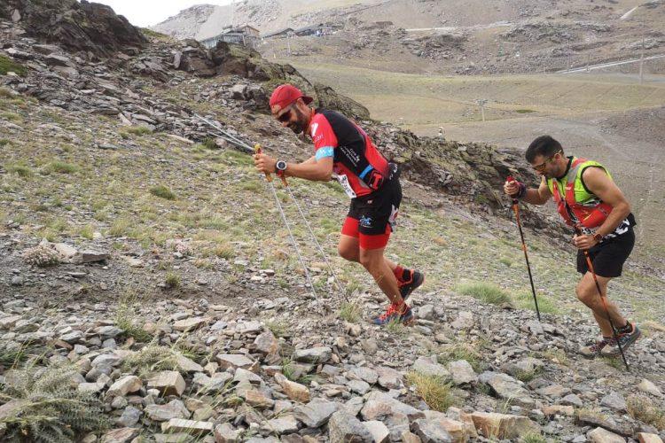Javier Fernández representa al Club Ascari-Harman en el exigente Kilómetro Vertical de Sierra Nevada