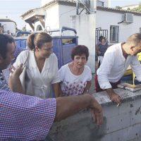 La alcaldesa mantiene una reunión con los vecinos de Los Prados para presentar al nuevo alcalde pedáneo y escuchar sus peticiones