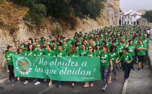 La marcha solidaria ha vuelto a teñir un año más las calles de Ronda de color verde.