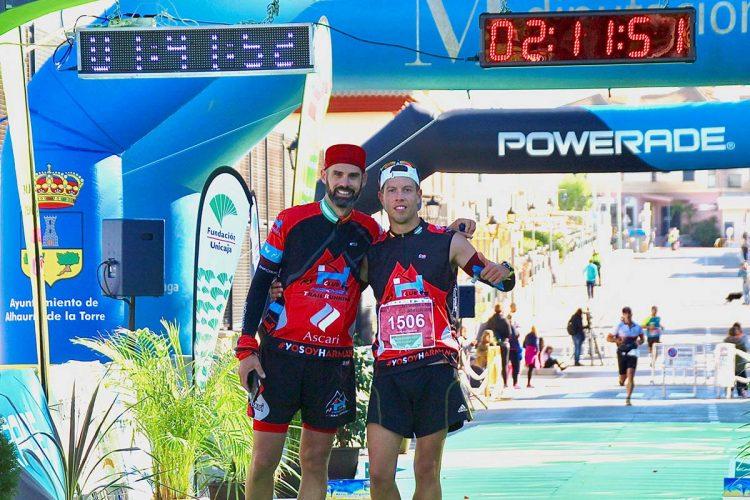 El Club Ascari-Harman, presente en la mítica maratón de Atenas de la mano de Valdemar Paukste