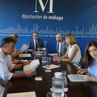 El Gobierno de la Diputación (PP y Cs) señala que el PSOE está utilizando los ayuntamientos que gestiona con fines partidistas