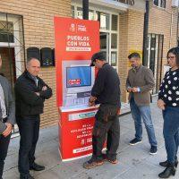 El PSOE pone en marcha una campaña para reclamar que todos los municipios de la Serranía cuenten con cajeros automáticos