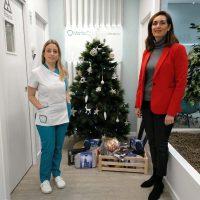 La Clínica Dental 'Marta Corrales' inicia una nueva campaña solidaria para estas Navidades para ayudar a las personas mayores