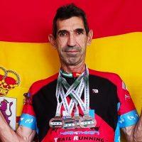 El atleta rondeño Federico Sáez logra tres medallas de oro y una de plata en el Campeonato de Andalucía Máster Pista Aire Libre