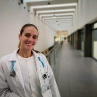 La médica de Urgencias del Hospital de Ronda Rocío Lorenzo recibe el premio al Mejor Expediente MIR 2020 de Medicina Familiar y Comunitaria