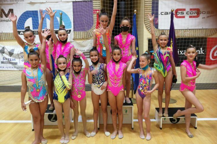 Las gimnastas del Club Agra se traen numerosas medallas del campeonato de Jaén