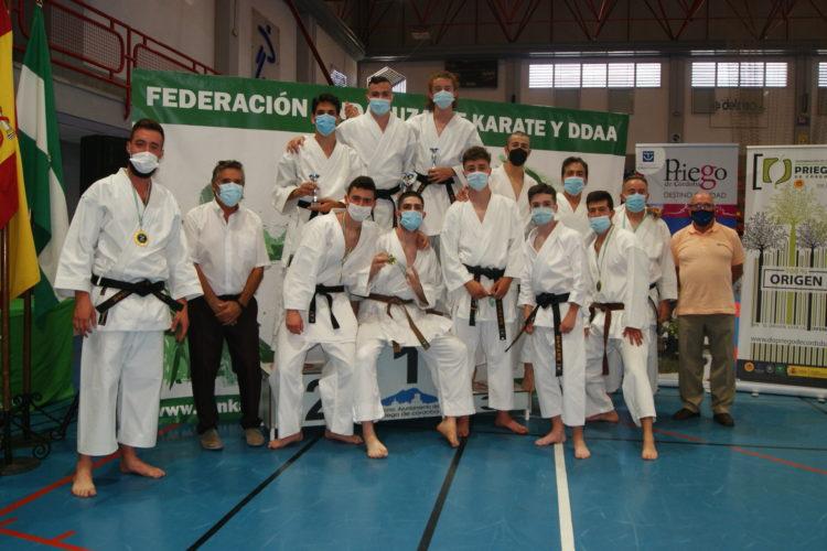 Los karatecas del Club Bushido logran 16 medallas en la copa Andalucía Estilos