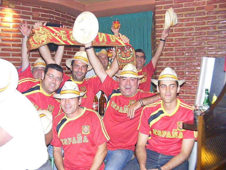 108_20100717/copa-del-mundo/futbol_campeones-del-mundo_20100625_022.jpg