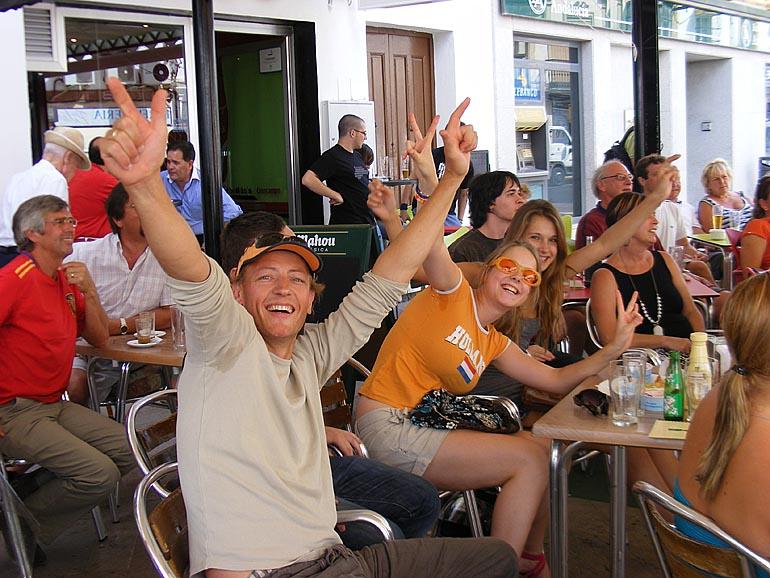 108_20100717/copa-del-mundo/futbol_campeones-del-mundo_20100707_008.jpg